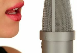 540American accent dramatic voice